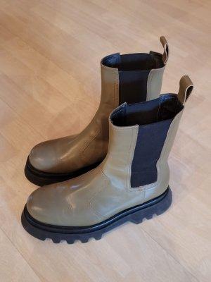 Zara Platform Boots green grey