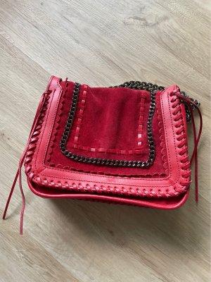 ZARA Lederhandtasche / Umhängetasche rot mit Kettendetail
