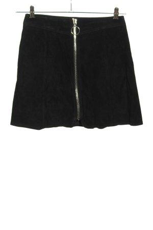 Zara Falda de cuero negro look casual
