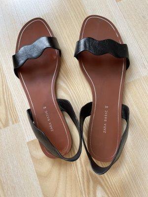 Zara Ledersandalen Größe 40 schwarz