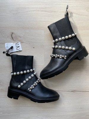 Zara Lederstiefeletten mit Perlen Schwarz 38 Neu