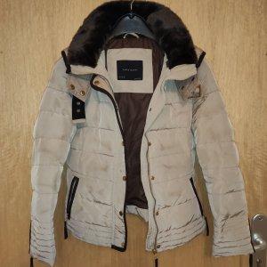 Zara leichte Daunen Winter Jacke M beige