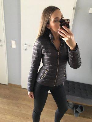 Zara Light Daunenjacke Grau XS