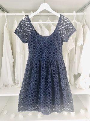 Zara Lochstickerei Spitzen Kleid
