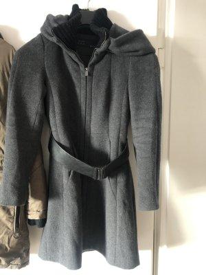 Zara Cappotto con cappuccio grigio