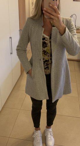 Zartrosaner leichter Mantel von Zara