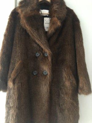 Zara Abrigo de piel marrón