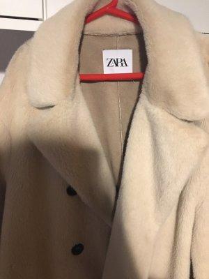 Zara mantel