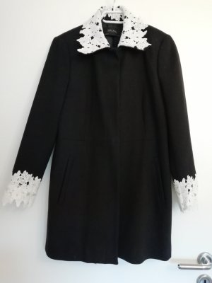 Zara Cappotto corto bianco-nero