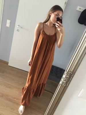 Zara Maxi Sommerkleid mit Rückenausschnitt