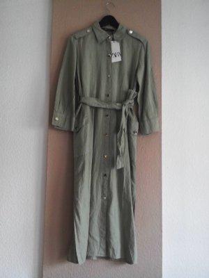 Zara Midi Hemdblusenkleid aus 53% Leinen in blassgrün, Grösse S oversize, neu