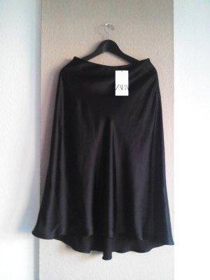 Zara Midirock in schwarz, glänzend, Grösse 36, neu