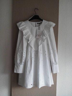 Zara Minikleid aus Baumwolle mit wunderschöner Lochstickerei, Größe M, neu