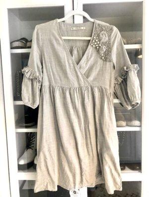 Zara Minikleid Kleid mit Perlen Oberteil