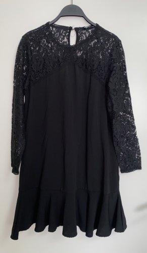 Zara Minikleid mit Spitze Spitzenkleid Volant Mini Kleid neu 38 M