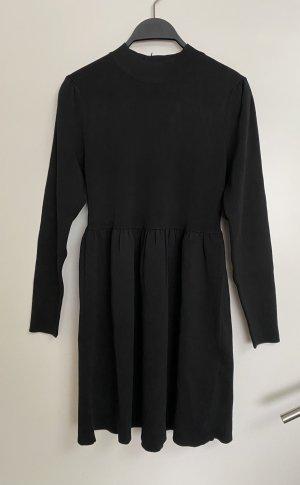 Zara Minikleid Strickkleid kurz 38 M