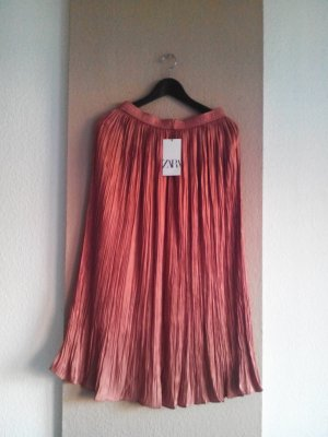 Zara Minirock in Apricot, sehr hübsch gefaltet, Grösse S, neu