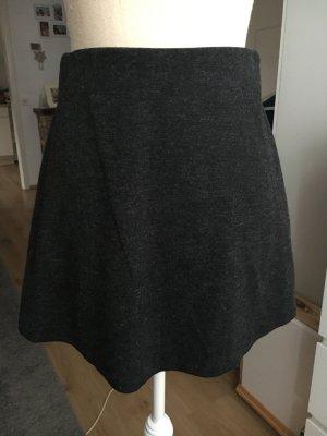 Zara Minirock in Dunkelgrau