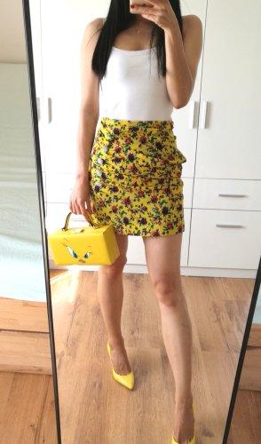 Zara Minirock mit Blumenmuster Falten