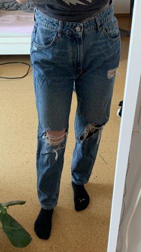 Zara mom jeans mit rissen