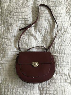 Zara - Neuwertige Schultertasche / Handtasche in dunkelrot