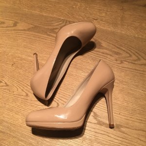 Zara nude Lackleder Pumps Gr. 40 top