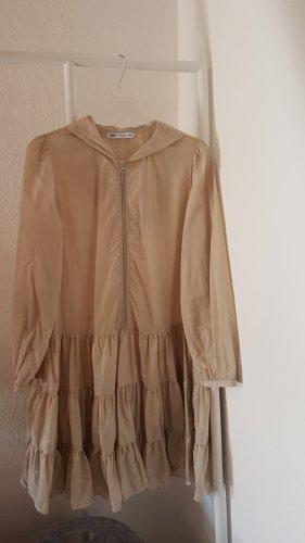 Zara Nylon Kleid mit Kapuze