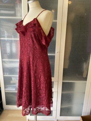 Zara off shoulder Spitzen Kleid Gr M bordeaux