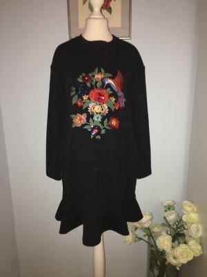 Zara Oversize-Kleid mit Stickerei