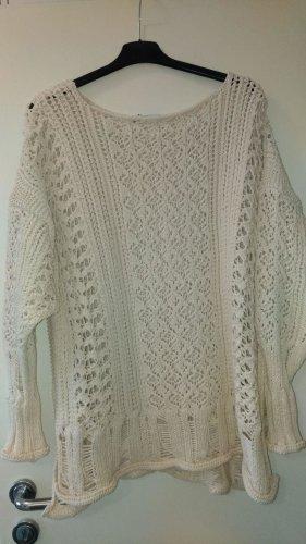 Zara - Oversize Pullover mit Lochmuster