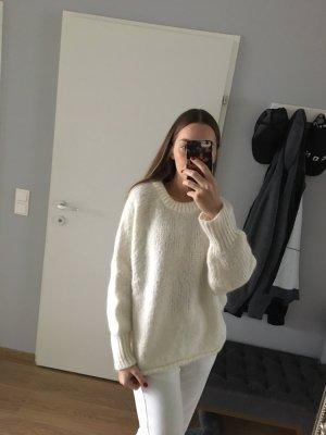 Zara Oversized Pullover M Cremeweiß
