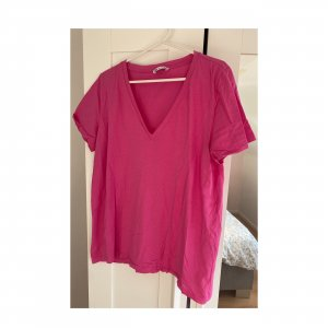 ZARA Oversized Shirt mit V-Ausschnitt Pink