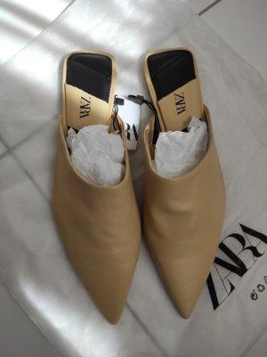 Zara Pantolette Mules spitz Leder Gr. 39 beige camel