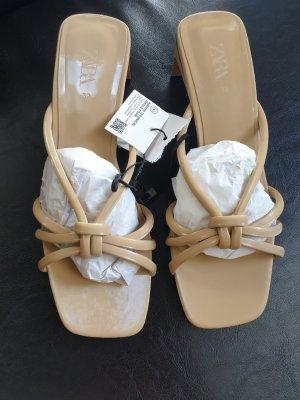 Zara Pantoletten