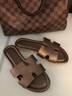 Zara Sabots brown-bronze-colored
