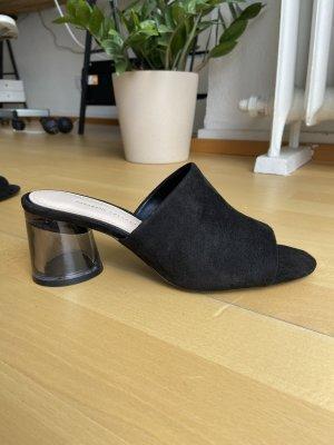 Zara Pantoletten schwarz NEU