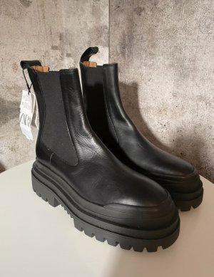 ZARA Plateau Boots Gr. 39