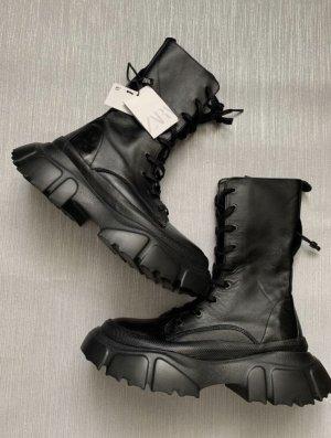 ZARA Plateau Boots gr 39 Leder schwarz neu mit Etikett