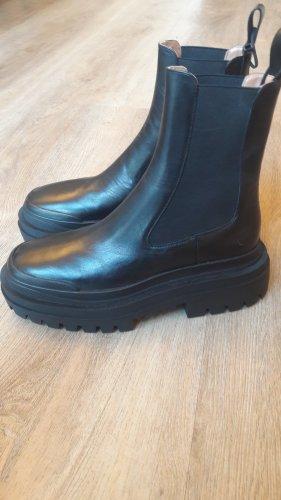 Zara plateau Leder Boots Neu!