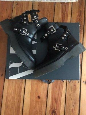 Zara Plateau Platform Boots Stiefel schwarz Stiefeletten 39