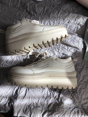 ZARA -Plateau Sneaker!!