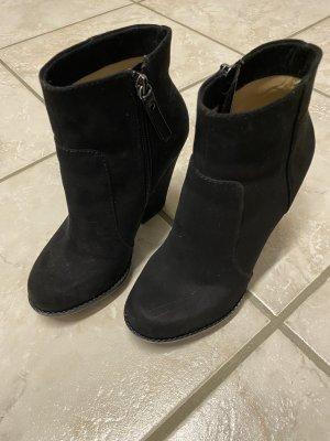 Zara Plateau-Stiefeletten, schwarz, Größe 36