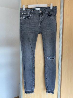 Zara premium skinny Jeans mit Riss