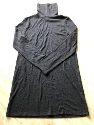 Zara Pullover Kleid Größe S schwarz