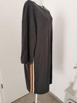 Trafaluc by Zara Vestido tipo jersey gris oscuro-marrón arena