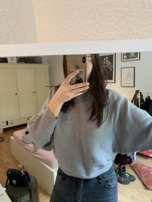 Zara Pullover mit Fledermausärmeln