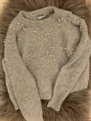 Zara Pullover mit Perlen