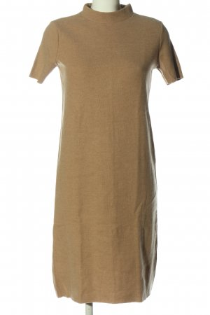 Zara Vestido tipo jersey marrón look casual