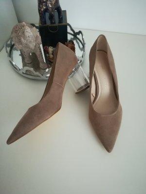 Zara Pumps in Veloursleder-Optik mit transparentem Absatz / High Heels mit Acrylabsatz, nude/beige/braun