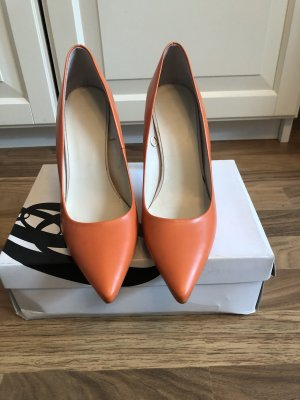 ZARA pumps orange
